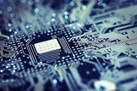 ¿Cuanto nos dura la tecnología en la empresa?